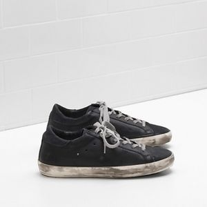 GOLDEN GOOSE DELUXE BRAND BLACK SNEAKERS